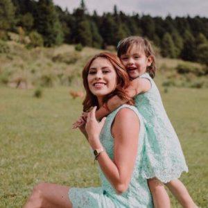 Coordinado mamá niña Vestidos de encaje verde agua